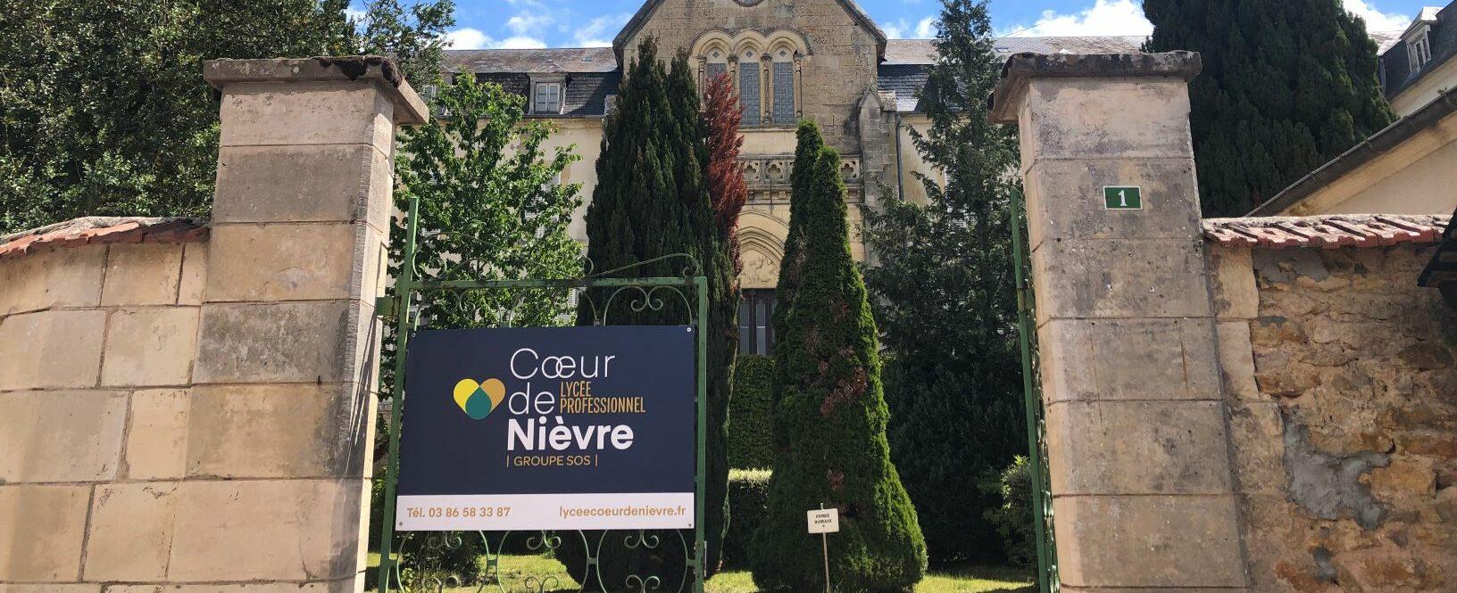 Entrée Lycée Coeur de Nièvre